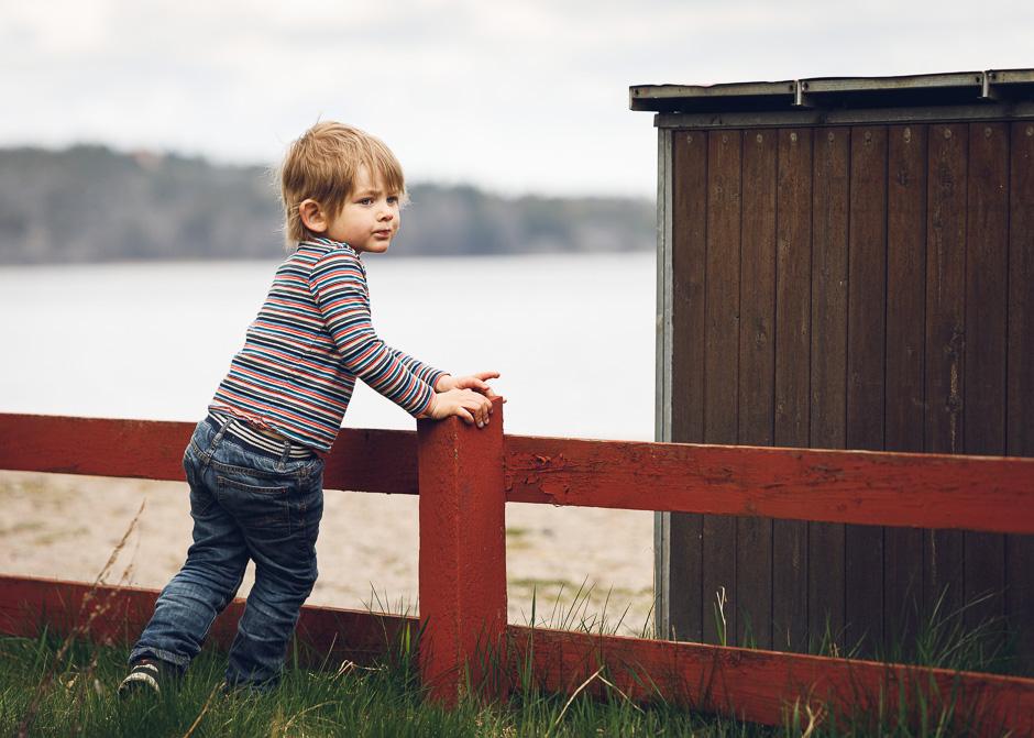 Barnfotografering vid havet